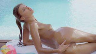 Melena Maria Pool Time